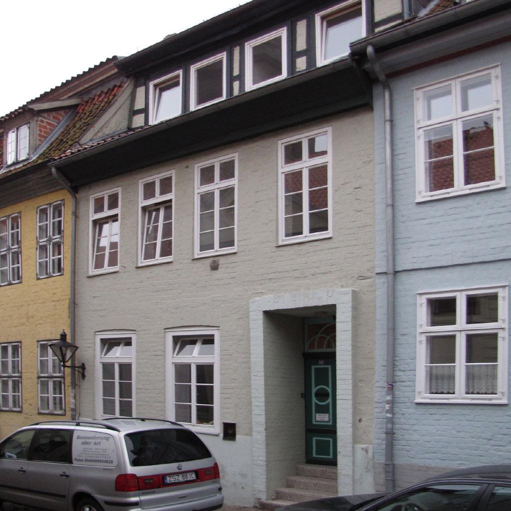 Dachsanierungdenkmalgeschütztes StadthausDenkmalpflege